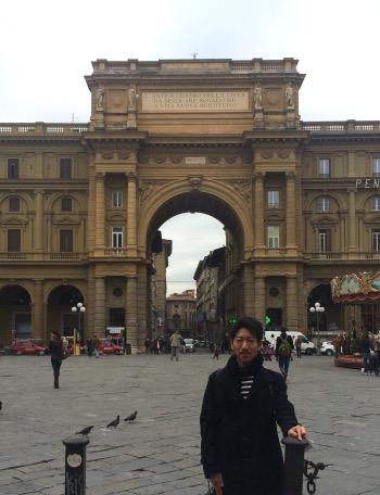 イタリアの市場を求めて