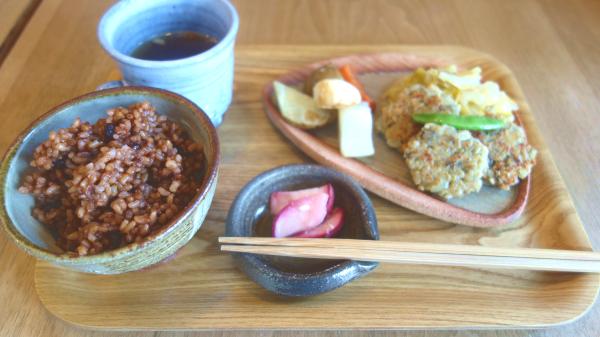 ペグルカフェの発芽発酵玄米ランチ