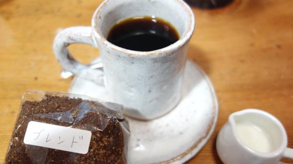 マザーズオーガニックマーケットのテイクインコーヒー