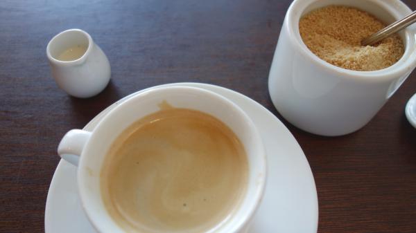 有機コーヒーと豆乳、甜菜糖