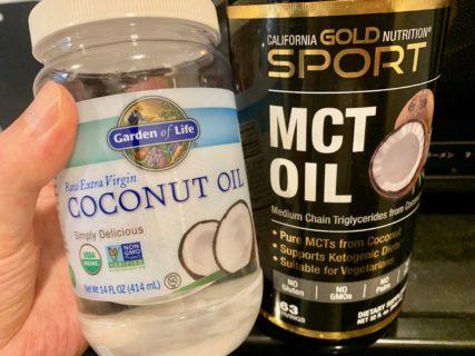 ココナッツオイルでもミトコンドリアが増えるとのこと。。