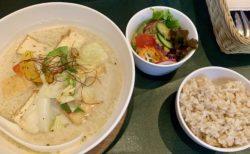 三軒茶屋(池尻との中間)でヴィーガンラーメン@オルオルカフェ(半ライスは玄米!)